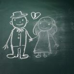 divorced couple chalk drawing