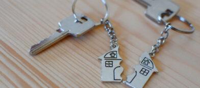house key broken in half indicative of divorce